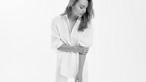 The  white shirt...