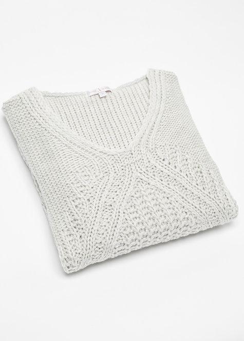 Дамска плетен пуловер мръсно бял