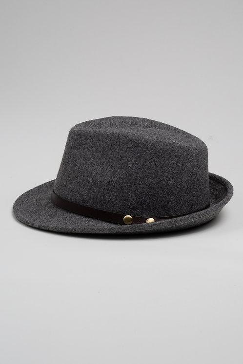 Зимна шапка от филц сива