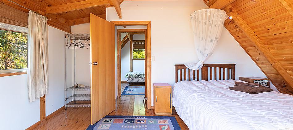 016-hermitage-bed1.jpg