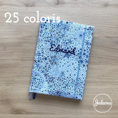 Protège carnet personnalisable - 25 coloris