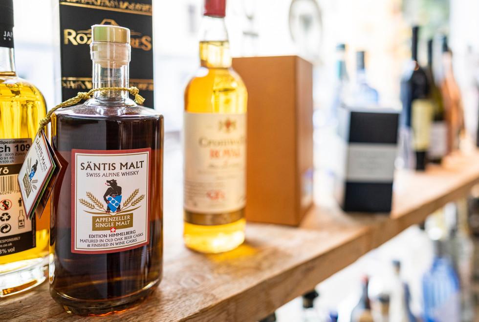 swiss alpine whisky saentis malt