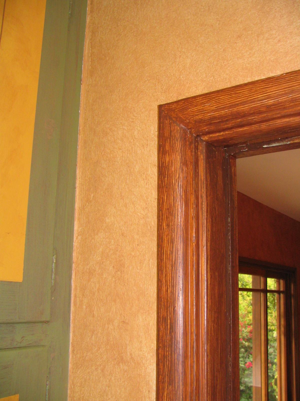 Faux Walls & Woodgrained Doorframe
