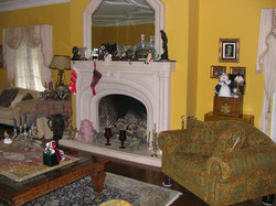 Fireplace. (BEFORE).