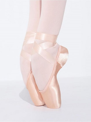 Airess Broad Toe Pointe Shoe | Firm