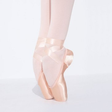 Airess Broad Toe Pointe Shoe | FlexiFirm
