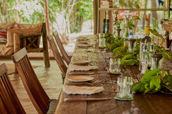 Emboo River dining