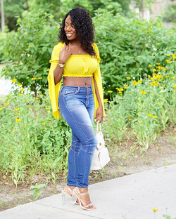 Still not over this top! So unique 😍✨_•_•_•_#ootd #fashion #browngirlbloggers #outfit #fashionblogg