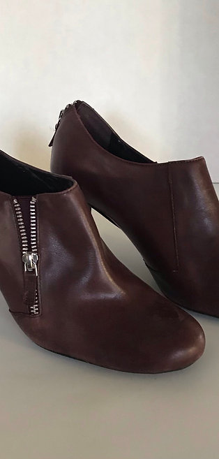 Franco Sarto Burgandy Leather Shoe Boot
