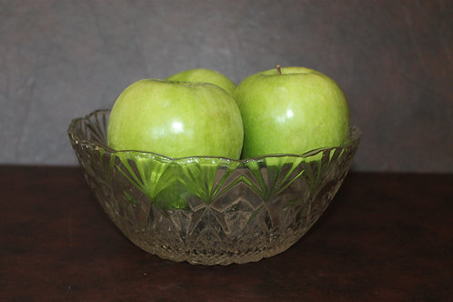 Decorative Glass Bowl (apples not included)