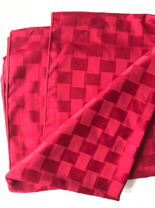 Rectangular Checkered Burgandy Table Cloth