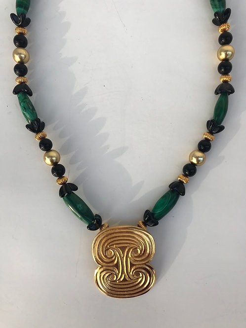 Green, Black & Gold Pendant Beaded Necklace