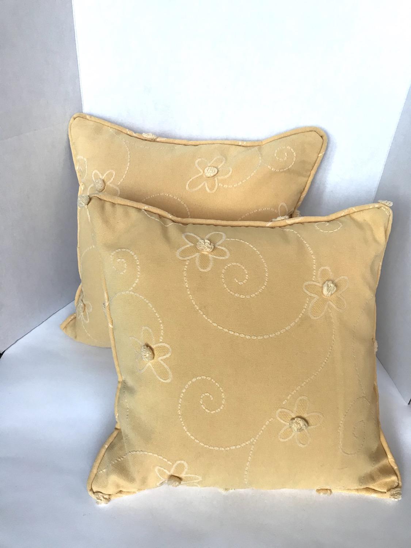 Yellow Daisy Pillows