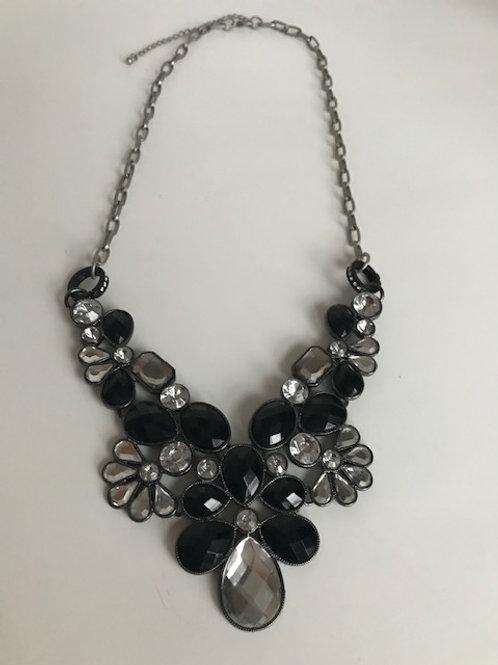 Royal Treatment Necklace
