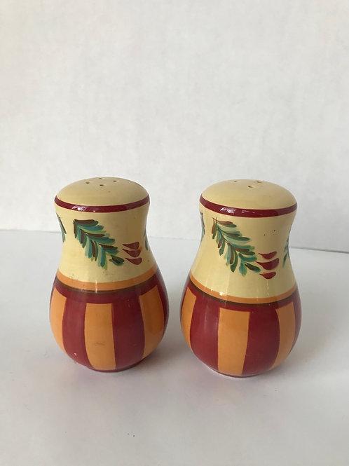 Sal & Pepper Shakers