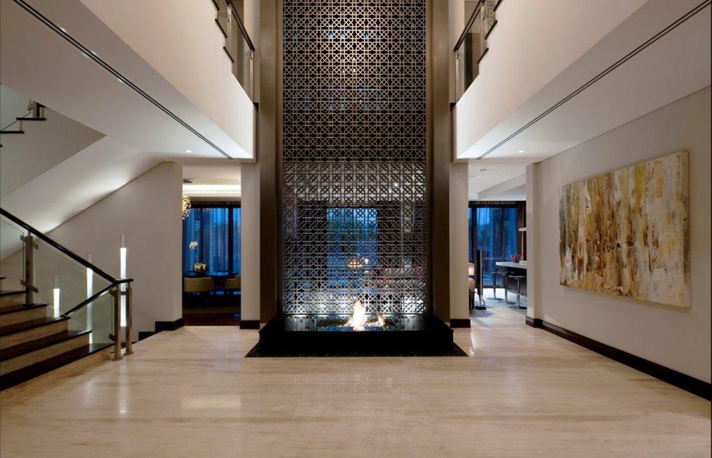 Award Winning Dubai Show Reception Lobby Home