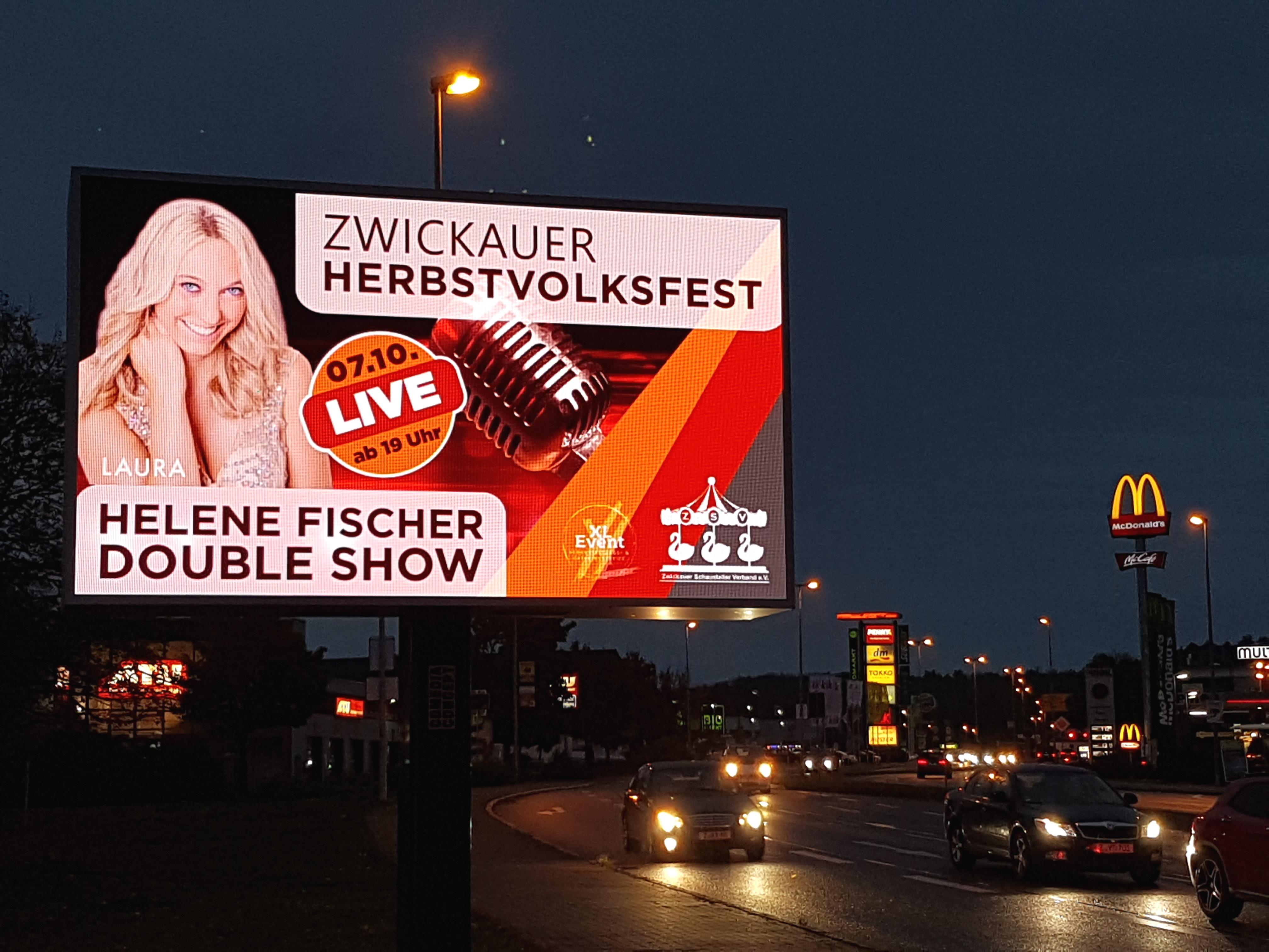 LAURA - Helene Fischer Double