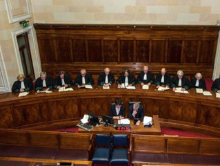 Caution ahead! Consideration of live broadcasting of trials