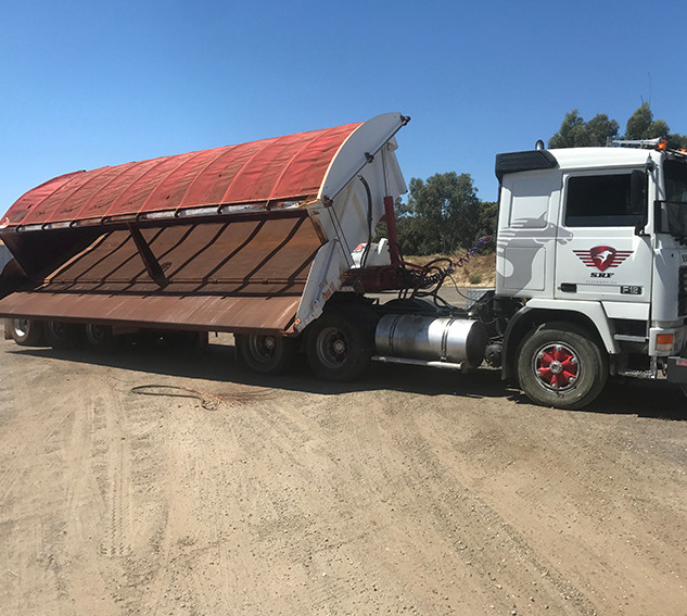 SRF Tipping Truck