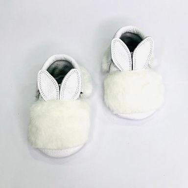 Beyaz Bunny Moots Makosen
