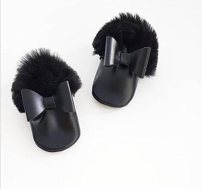 Black Bow Fur
