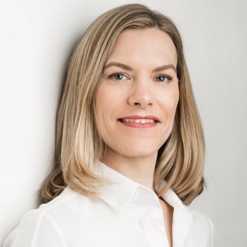 Julia Holze