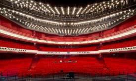 Over persvrijheid, recensie-mogelijkheden en het verlangen van vrijkaarten voor de opera