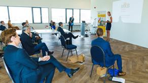 DayOne advocaat Edith Groenewegen ontvangt deelnemers en relaties Duitsland Project