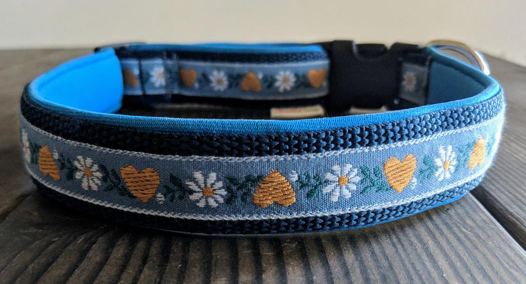collar blue heart and flower ribbon 1.jp