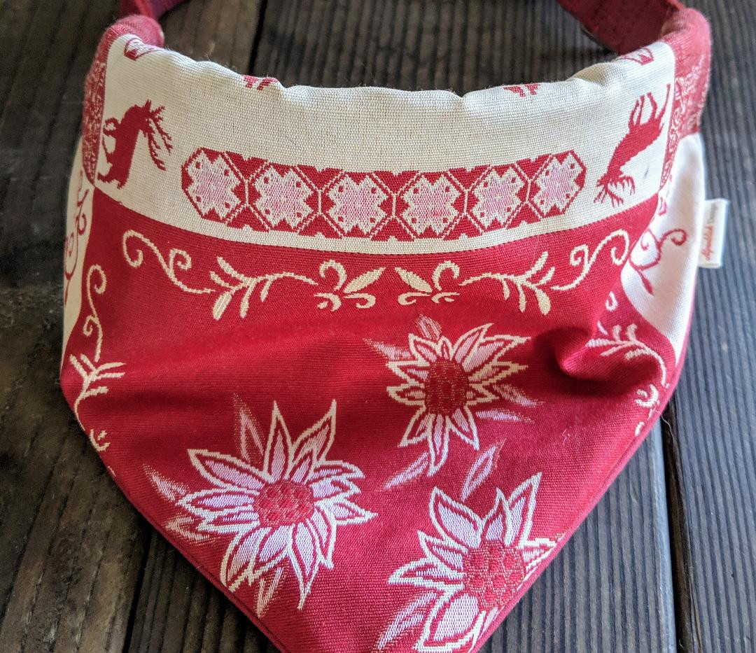 bandana edelweiss red.jpg