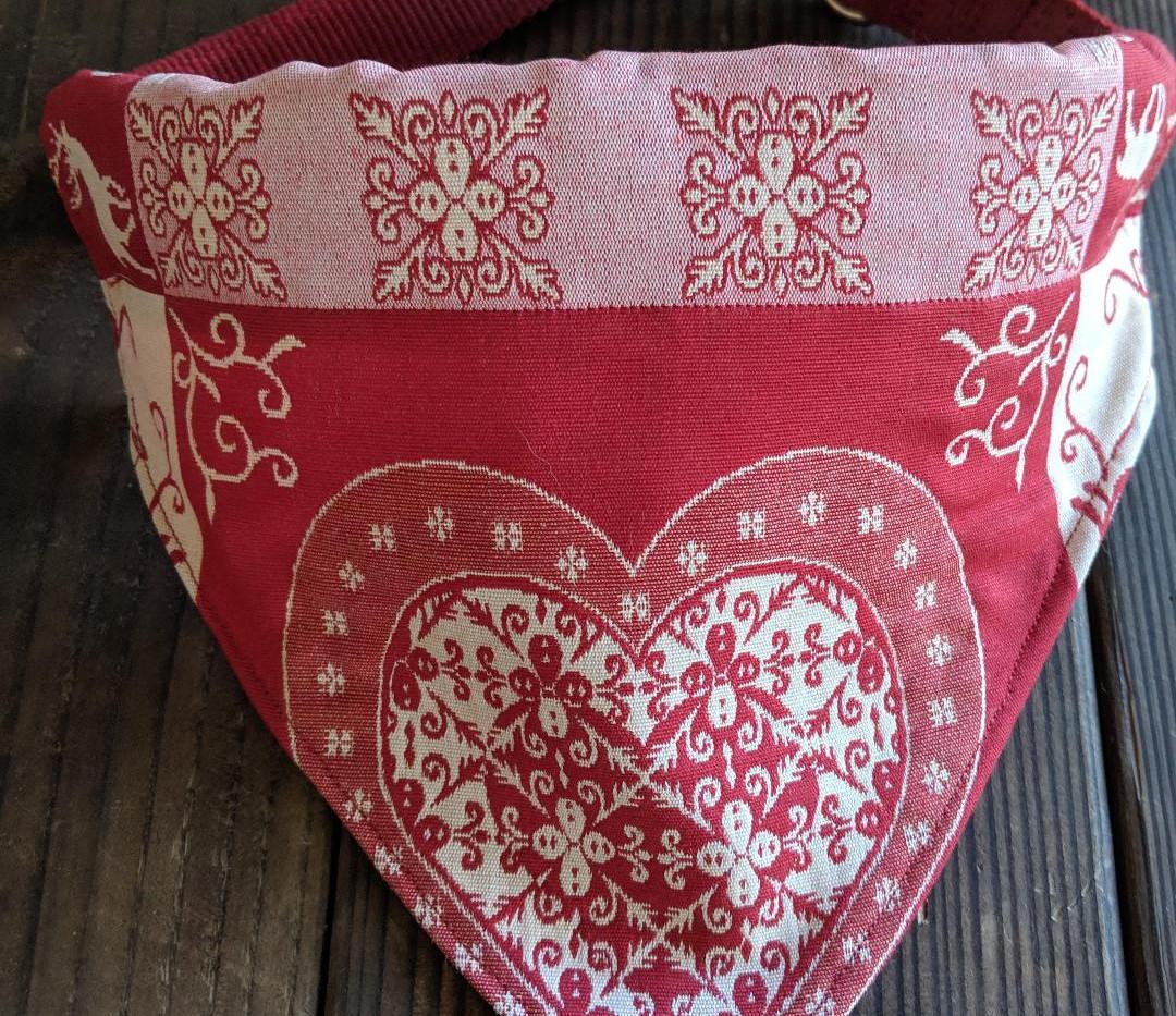 bandana heart red.jpg