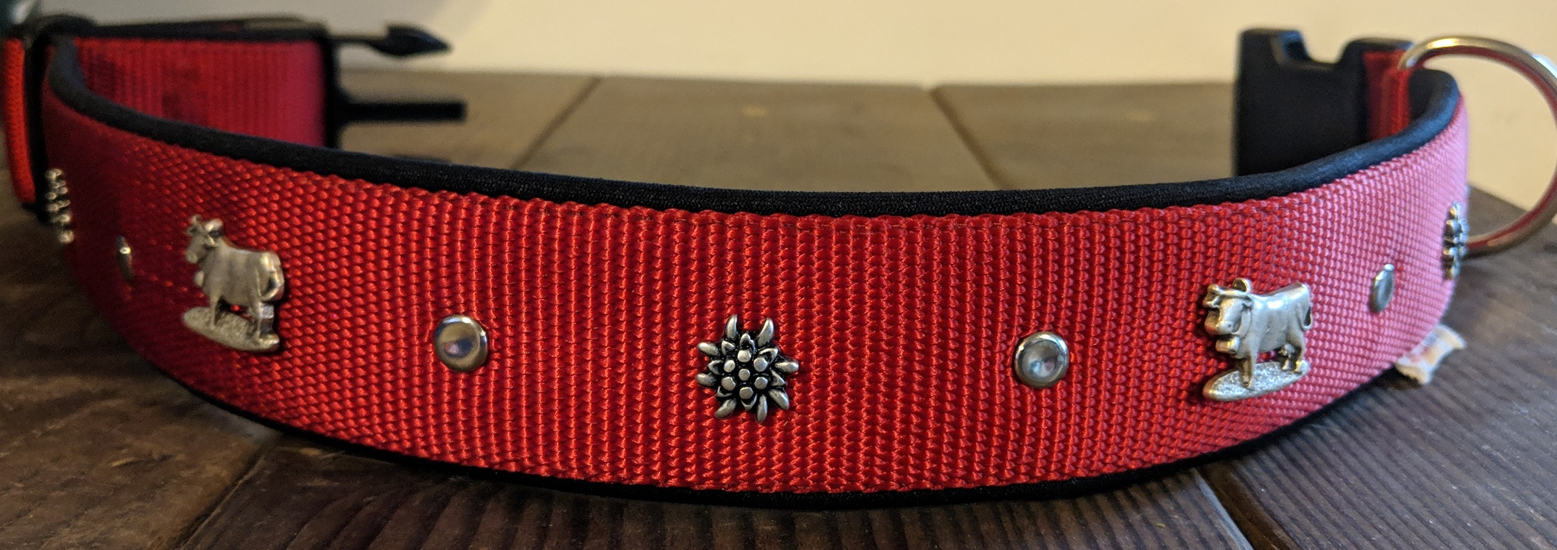 cow and edelweiss rivets, red nylon, bla