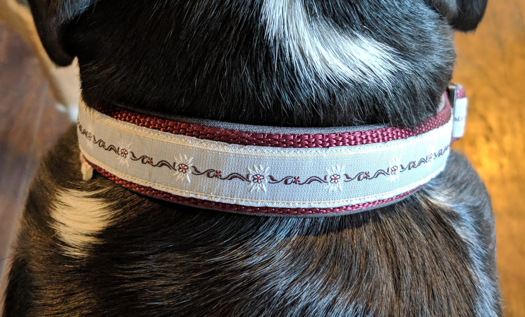 grey edelweiss ribbon, burgundy nylon, g