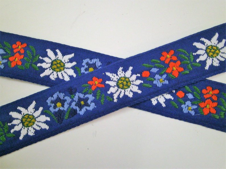 alpine flowers blue