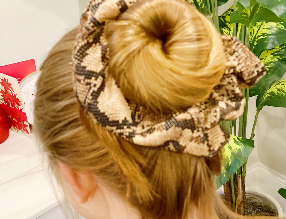 Super Scrunchie, Brown Snakeskin
