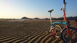 引き潮の父母ヶ浜は、砂のアートが美しい。