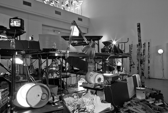 Sobre a especificidade do meio e o cruzamento de disciplinas na arte moderna: uma entrevista com Jacques Rancière | Andrew McNamara e Toni Ross