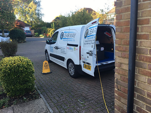 window cleaning services harpenden