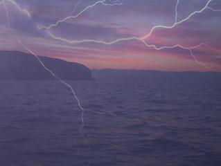 海上での雷