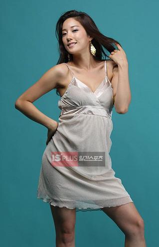 [IS Studio] 신인 가수 혜나, 섹시춤으로 '제2의 이효리' 되고 싶다