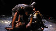 '실종', 춤을 토대로 한 포퍼먼스