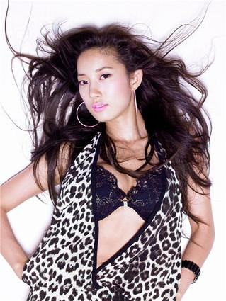 신인 가수 혜나, 섹시퀸 겁없는 도전장