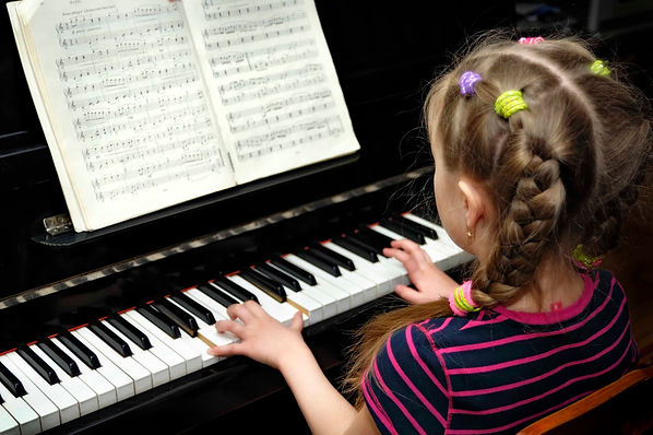 mississauga-school-of-music-piano-lesson