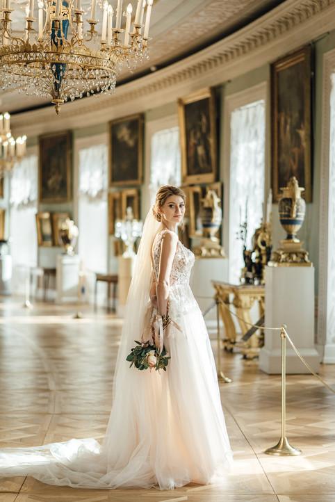 Свадебная фотосессия в Павловском Дворце