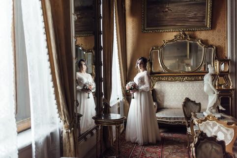 10 Дворцов в Санкт-Петербурге для свадебной фотосессии в дождь, осенью или зимой.
