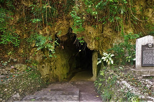 Macahambus Cave is a scenic tourism attraction that anchors on the Battle of Macahambus on June 4, 1900. This is a significant point in Philippine history as it is regarded as the very first victory of the Filipinos against the Americans at the turn of the 20th century. A marker of the National Historical Institute is placed at the entrance of the cave to commemorate the bravery of the Kagay-anons.  Tourists come here not only to be in the presence of the setting of one of Philippine's most historic victories but also to take in the breathtaking view of the Cagayan River which flows below the cavern or to observe the formations and bat colonies that rests inside the historic cave.