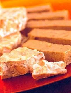 TURRONES DE MANI AND CASHEW NUTS