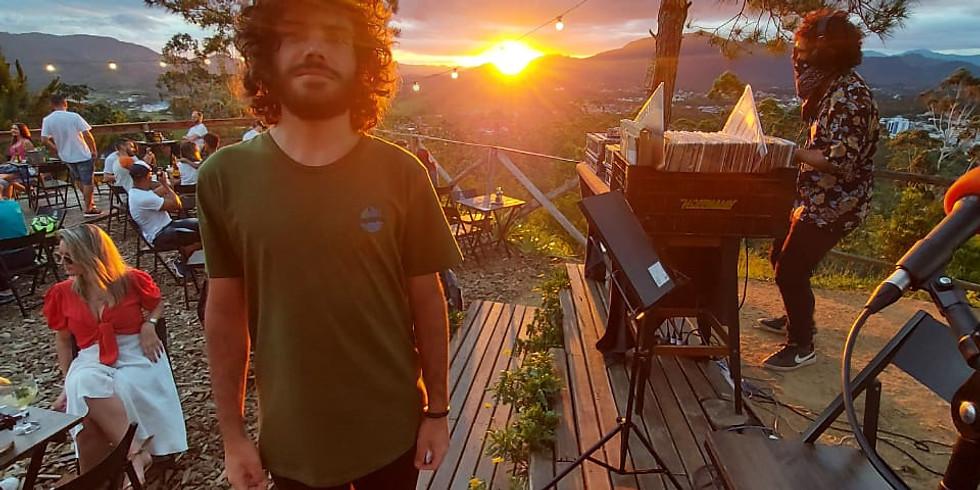 Domingo - Aproveite o tempo bom sol, reserve agora! + Fernando Pra no voz e violão