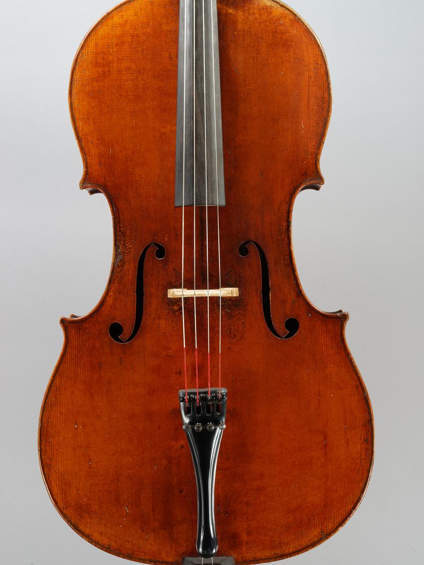 Violoncelle réalisé par Jean-Baptiste Vuillaume en 1849.
