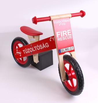 Futó bicikli Tűzoltó - QX Pécs - játék és sportszer